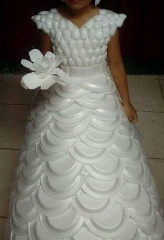 Look Spectacular in Unusual Dresses - Uncinetto