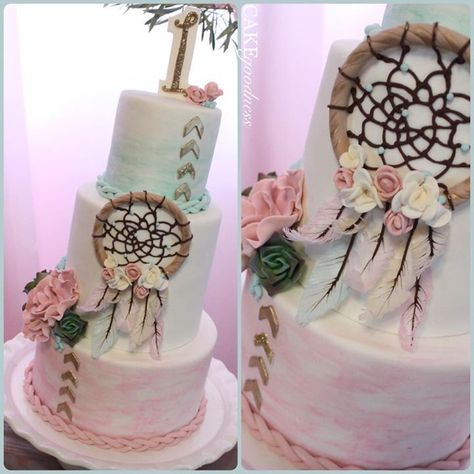 Once in a while cakes come to life that simply take your breath away.