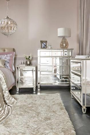 Tips For You To Give Your Bedroom An Easy Makeover Master