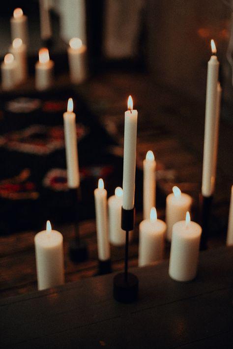 Light In The Dark Industrial Wedding Inspiration Winterhochzeit