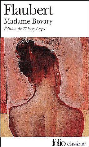 Une jeune femme romanesque qui s'était construit un monde romantiquement rêvé tente d'échapper - dans un vertige grandissant - à l'ennui de sa province, la médiocrité de son mariage et la platitude de sa vie. Mais quand Flaubert publie Madame Bovary, en 1857, toute la nouveauté du roman réside dans le contraste entre un art si hautement accompli et la peinture d'un univers si ordinaire. L'écriture transfigure la vie, mais s'y adapte si étroitement qu'elle la fait naître sous nos yeux.