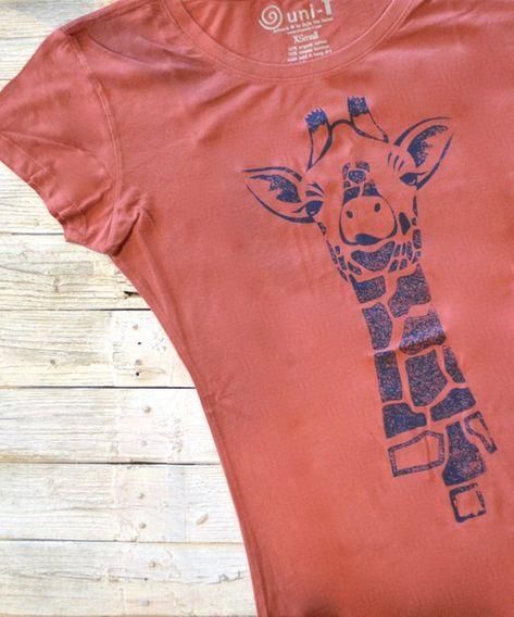 Giraffe Print Women Cotton Blend T-Shirt
