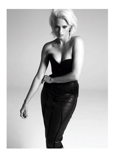 yasmine le Yasmin le Bon Shows Off Platinum Blonde Look for S Moda Spread