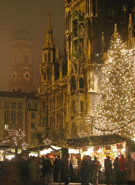 Weihnachten in München wurde in Deutschland, München aufgenommen und hat folgende Stichwörter: München.