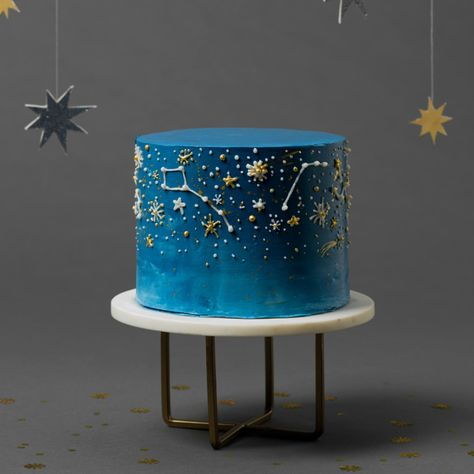 Night sky cake It's hard to beat a warm summer night spent stargazing, but this cake sure comes close! So once you put the telescope down, dig into this design that features a dark-blue ombre finish and the prettiest piped designs.