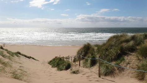Woolacombe Beach, North Devon | 4 reasons to visit | Smythen Farm Holiday Cottages http://www.smythenfarmholidaycottages.co.uk/devon-holiday-cottage-blog/4-reasons-visit-woolacombe