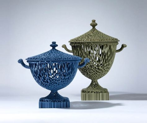 Craftsman Michael Eden blends tradition with 3D technology and has developed a contemporary and highly attractive product through the use of a combination of drawing, 3D software and 3D printing technology,