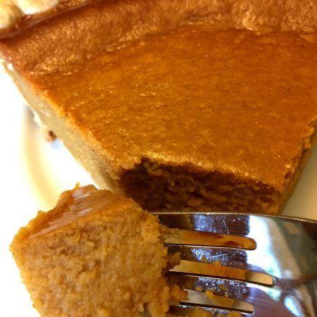 Easy Pumpkin Pie Recipe With Sweetened Condensed Milk Recipe In 2020 Pumpkin Pie Recipe Easy Easy Pumpkin Pie Pumpkin Pie Recipes