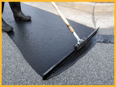 Asphalt Sealcoating Driveway Sealcoating And Repair Yakima Wa Asphalt Paving Contractors Asphalt Driveway Repair Paving Contractors