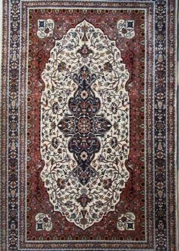 Floral Oriental Design Pure Wool Rug Size 10ft By 8ft For Living Dining Rooms Completely Handmade And Hand Knotted Carpet Size Pure Products Oriental Design