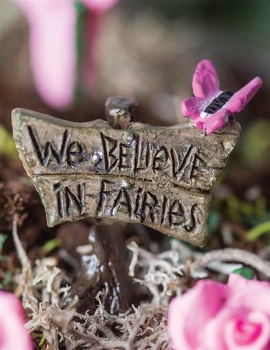 "Butterfly Sign /""We Believe In Fairies/"" Fairy Garden Mini"