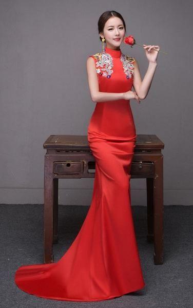 20c95608d 265 best Wedding Qipao / Cheongsam Bridal Kwa Qun Couture Evening Dress  images on Pinterest