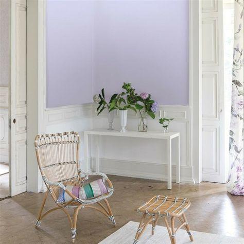Die Farbe Lila flur gestalten ideen rattanmöbel pflanzen ...