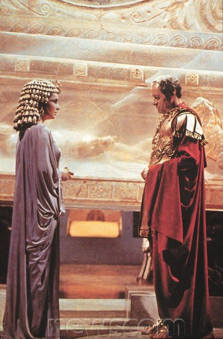 Cleopatra And Julius Caesar At The Tomb Of Alexander The Great In