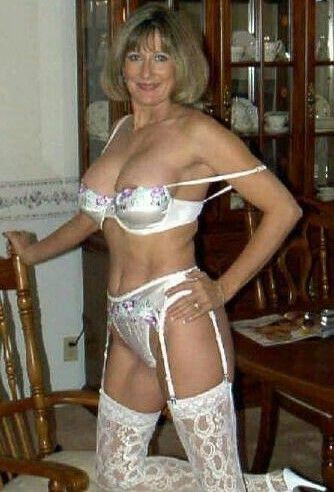 Older women sexy lingerie