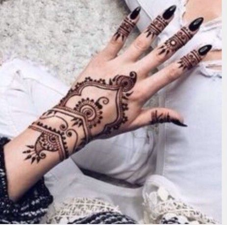 21 Doubts You Should Clarify About Simple Henna Tattoo Designs Tumblr 21 Doubts You Should Clarify About S In 2020 Henna Tattoo Simple Henna Tattoo Cute Henna Tattoos