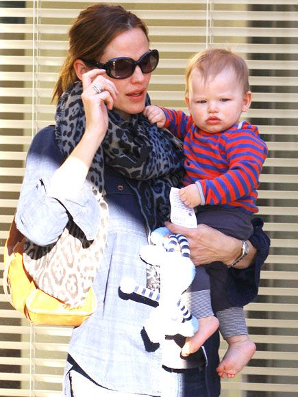 SAMUEL AFFLECK  Jennifer Garner's little man is growing up! A few months before turning 1 (Feb. 27), Samuel catches a ride from his doting mom during a November 2012 coffee run at the Brentwood Country Mart in L.A., #celebritymoms, #jennifergarner, #benaffleck
