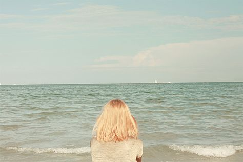 girl, sea, and beach image Ernst Hemingway, All The Bright Places, The Last Summer, Rin Okumura, Cap Ferret, Rose Tyler, The Villain, Storyboard, Summer Vibes