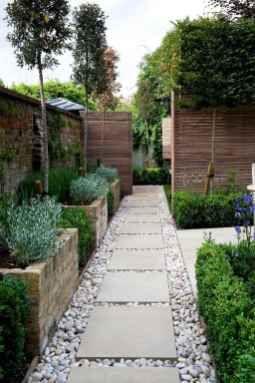 90 Beautiful Side Yard Garden Path Design Ideas Homekover In 2020 Patio Garden Design Small Backyard Gardens Backyard Garden Design
