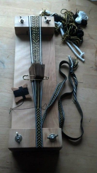 Simple Diamonds Err Chevrons Tablet Weaving Weaving Loom Diy Inkle Weaving