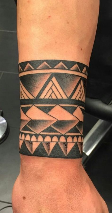 Native American Wrist Tattoos : native, american, wrist, tattoos, Ideas, Tattoo, Sleeve, Tribal, Native, American, Tattoos,, Maori, Tattoo,, Polynesian