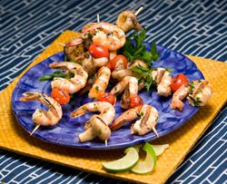These Lime Shrimp Kebabs are an easy grilling recipe to add to your healthy tailgating menu. | Baylorhealth.com