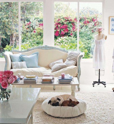 vintage-möbel-einrichtungsideen-wohnzimmer-tischdeko-rosenjpg - wohnzimmer retro style
