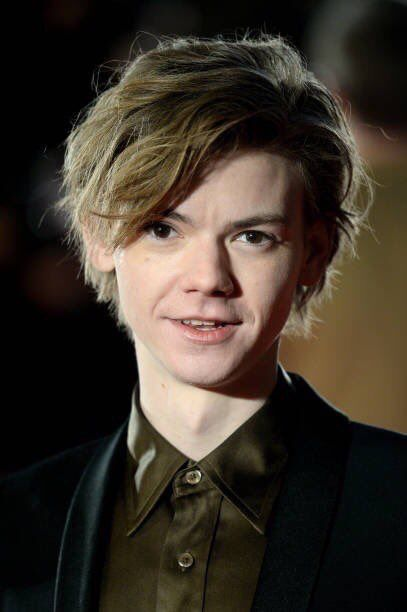 His Long Hair Is A Blessing Thomas Brodie Sangster Thomas Sangster Thomas Brodie Sangster Imagines
