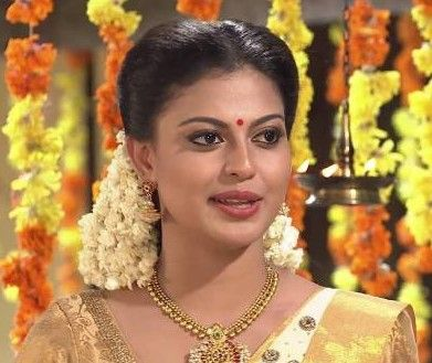 Anusree Height, Weight, Age, Husband, Family, Wiki, Contact