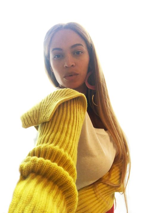 Beyonce steps out in wide-neck dress for date night with husband Jay-Z Beyonce 2013, Beyonce Coachella, Beyonce Fans, Beyonce Knowles Carter, Beyonce Style, Beyonce And Jay Z, Divas, Kylie, Queen
