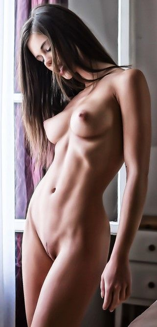 Extremely beautiful nude women