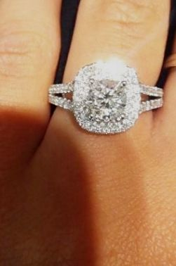 Engagement Ring Buyers Guide If You Fail To Justify The Fee For One Thousand Dollar Wedding Cake Seek Advice From Local Bakeries F Split Shank Engagement Rings