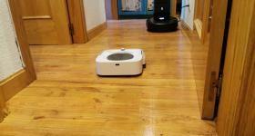 que robot aspirador friega mejor