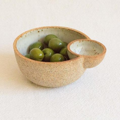 Olive bowl with slot for pits / Julie Cloutier Ceramic Double Bowl at General Store Pottery Wheel, Pottery Bowls, Ceramic Pottery, Pottery Art, Slab Pottery, Glazed Pottery, Hand Built Pottery, Thrown Pottery, Ceramic Decor
