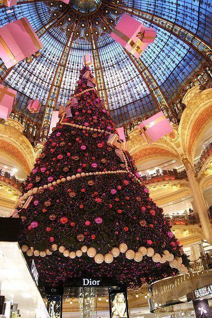 Traditions De Noel Traditions De Noel Tradition De Noel Noel A Paris Noel