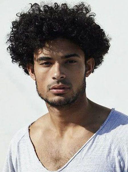 20 Mannlichen Frisuren Fur Lockiges Haar Sac Renkleri Zenci
