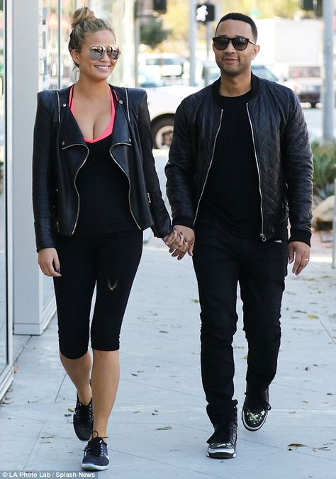 Chrissy Teigen in Skinny Ripped and Undone Seam Jeans