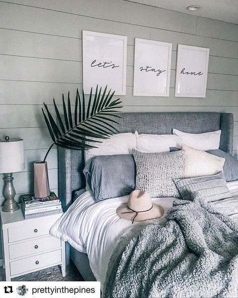 """Gray, white, cozy bedroom decoration: """"Let's stay home - Home sweet home - Bedroom Decor Pretty Bedroom, Dream Bedroom, Beach House Bedroom, Summer Bedroom, Diy Home Decor Rustic, Modern Decor, Rustic Modern, Cool Home Decor, Decor Diy"""
