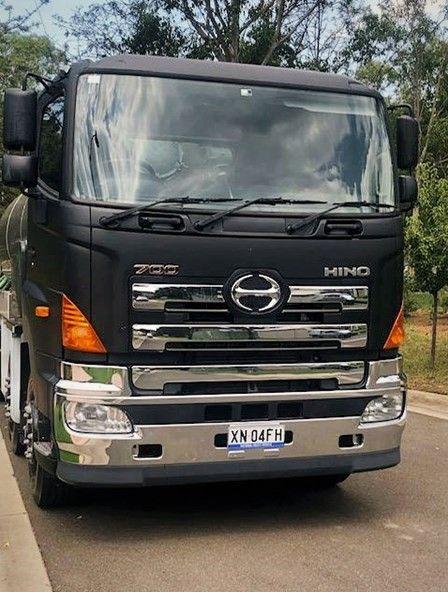 Hino 700 Series C O E 8x4 Tanker In 2020 Hino Trucks Series
