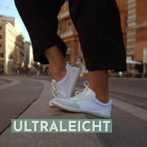 Federleicht und flexibel: Unsere Barfußschuhe stärken auf natürliche Weise deine Fußmuskeln – und sind gleichzeitig ein Fashion-Statement.