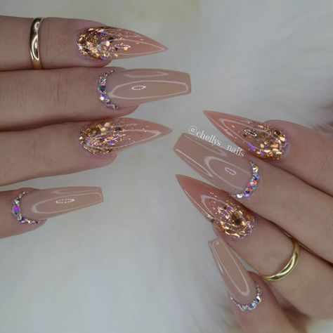 Best Acrylic Wedding Nails For Your Summer Weddings - Nail Art Connect