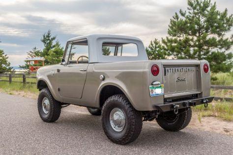 1966 International Scout 800 Bronco SUV Jeep for sale: photos technical specifications description International Scout, International Harvester, Suv 4x4, Jeep 4x4, Vintage Trucks, Old Trucks, Antique Trucks, Scout Truck, Scout 800