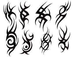 Resultado De Imagen Para Plantilla De Tatuajes Para Hombres Petit Tatouage Tete De Mort Designs De Tatouage Tribal Dessins Tribaux