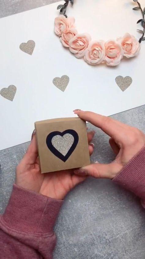 Diy Crafts Hacks, Diy Crafts For Gifts, Diy Projects, Handmade Gifts For Boyfriend, Boyfriend Gifts, Diy Crafts For Boyfriend, Handmade Gifts For Friends, Handmade Cards, Diy Best Friend Gifts