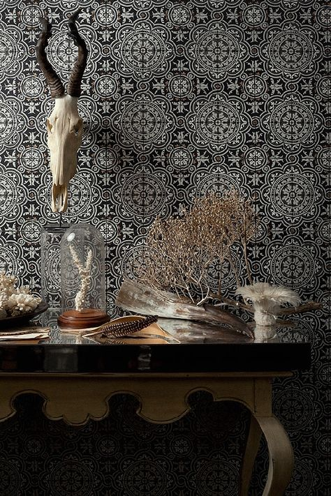 Lee Jofa's Modern Wallpapers                              …