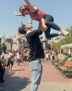 💜Jacob Elordi at Disney with Joey King 👑!