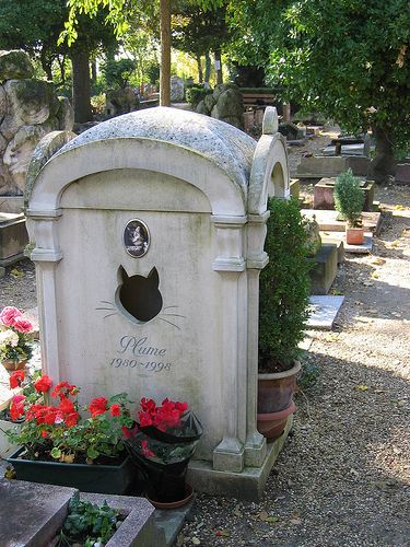 A memorial in Cimetiere des Chiens, a pet cemetery founded in 1899 in Paris