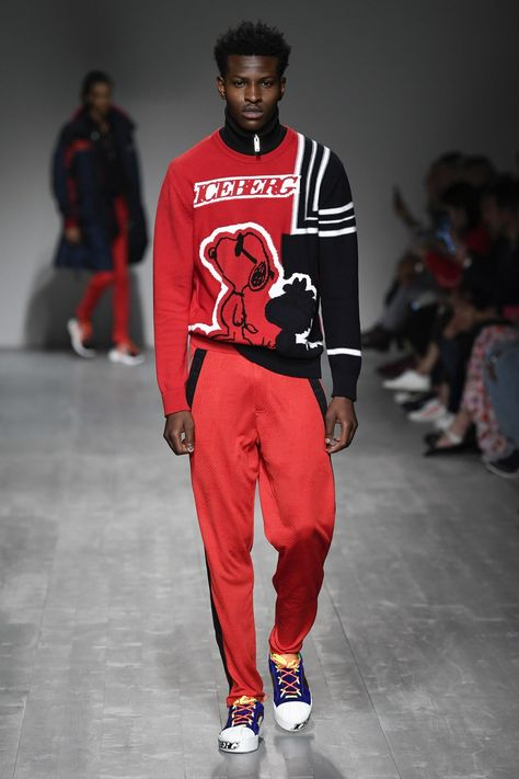 Iceberg Spring 2019 Menswear collection, runway looks, beauty, models, and reviews.