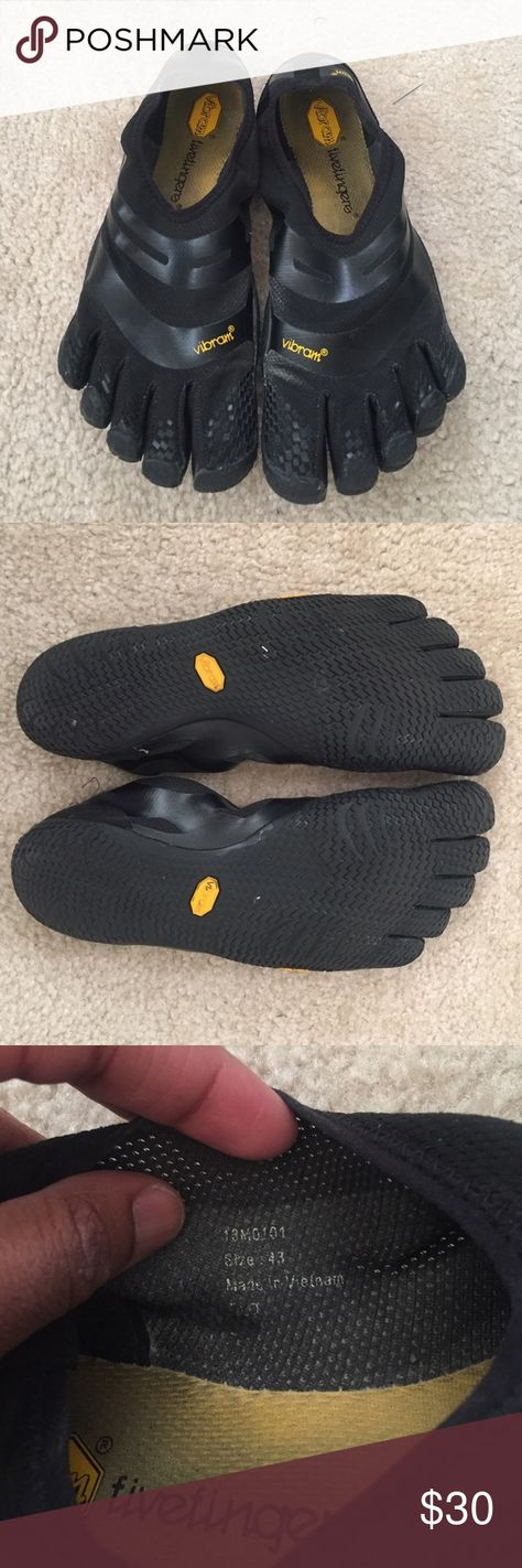 Vibram Men's El-X sz 43 (10.5-11) [Firm Price] Bought these in March 2016. Used exclusively for weightlifting. As much as I love these shoes, I'm selling now so I can get something else to train in for my first half marathon next year. This is my first pair of Vibrams but I would still say that these are in excellent conditions. Barely any wear on the bottom. PRICE IS FIRM. Vibram Shoes Athletic Shoes