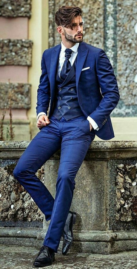 20 Different Ways to Style a Navy Suit, #different #manfashionsuit #style,#casual #outfits #men